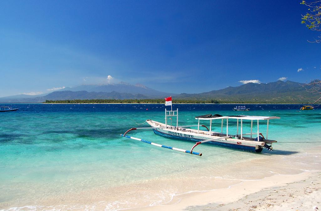 Lombok фото
